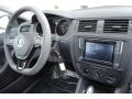 Volkswagen Jetta S Pure White photo #19