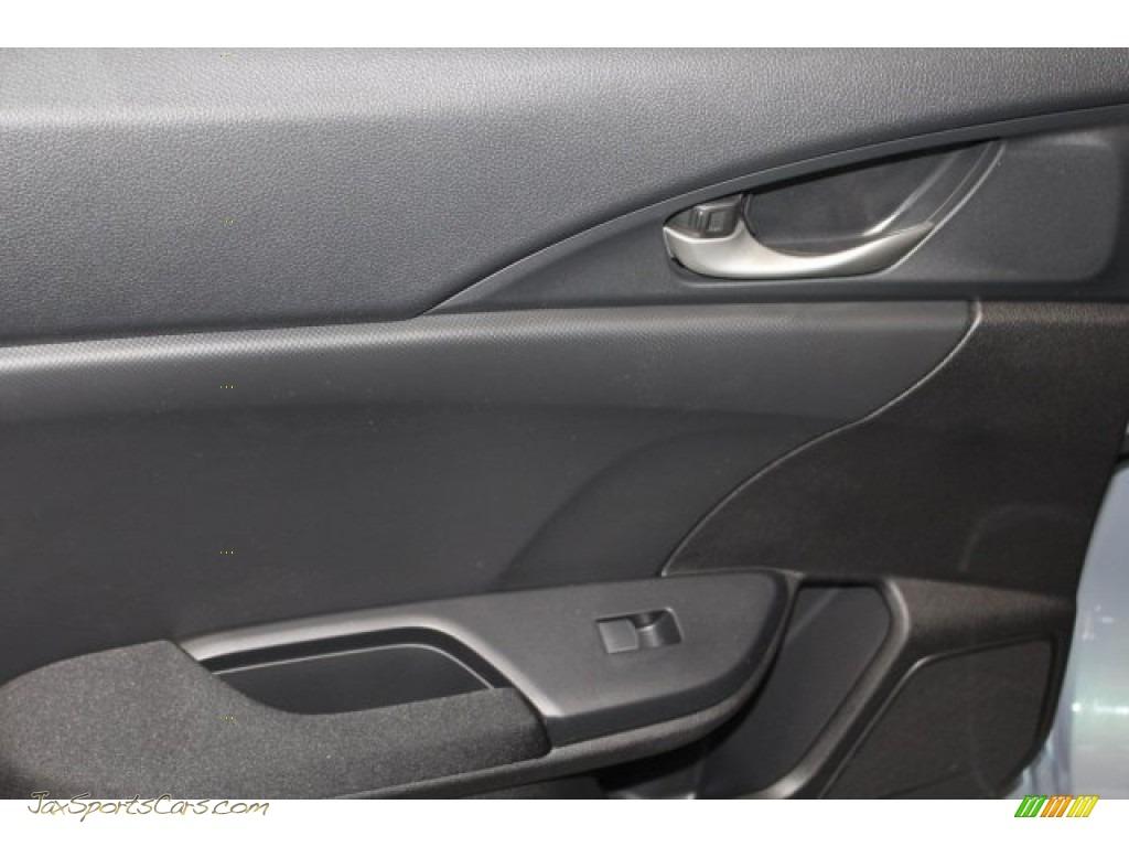 2018 Civic LX Hatchback - Sonic Gray Metallic / Black photo #26