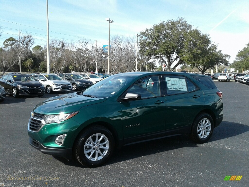 2018 Equinox LS - Ivy Metallic / Medium Ash Gray photo #1