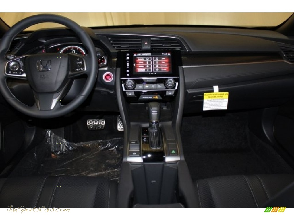 2018 Civic Sport Touring Hatchback - Crystal Black Pearl / Black photo #7