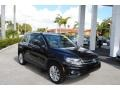 Volkswagen Tiguan SE 4Motion Deep Black Metallic photo #1