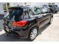 Volkswagen Tiguan SE 4Motion Deep Black Metallic photo #9