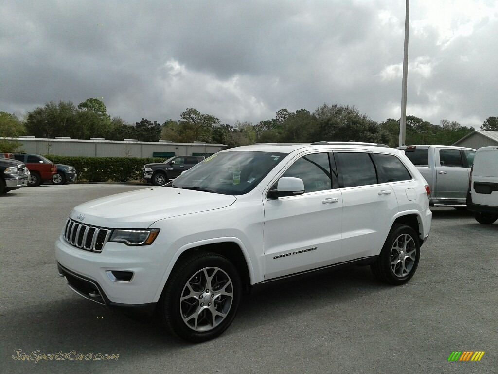 2018 Grand Cherokee Sterling Edition - Bright White / Black/Light Gray photo #1