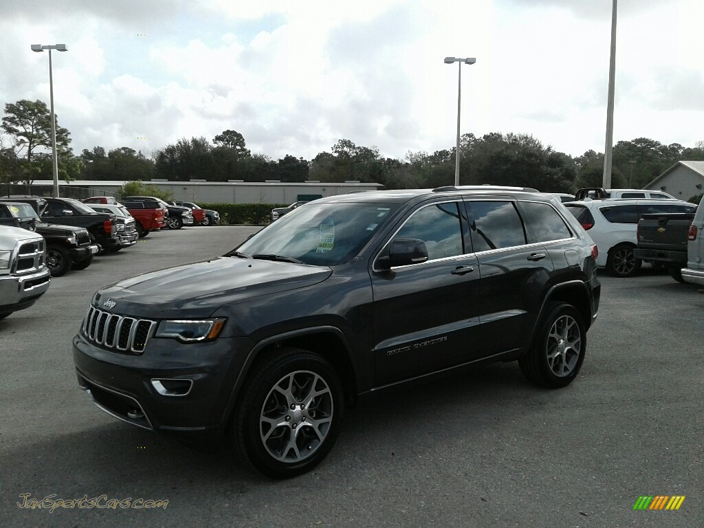 2018 Grand Cherokee Sterling Edition - Granite Crystal Metallic / Black photo #1