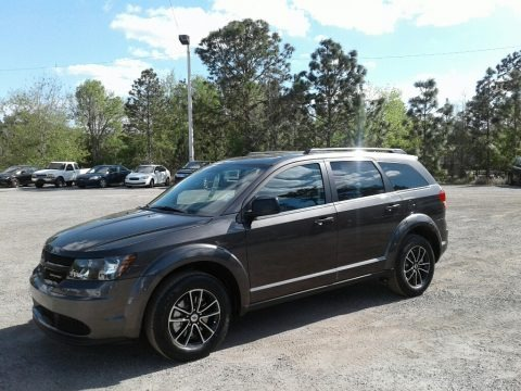 Granite Pearl 2018 Dodge Journey SE