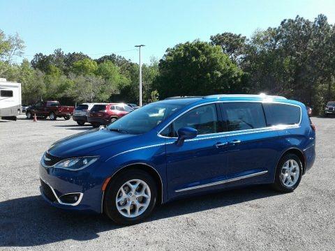 Ocean Blue Metallic 2018 Chrysler Pacifica Touring L