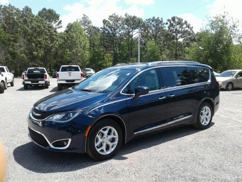 Ocean Blue Metallic 2018 Chrysler Pacifica LX