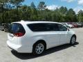 Chrysler Pacifica Touring Plus Bright White photo #5