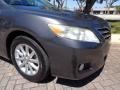 Toyota Camry XLE V6 Magnetic Gray Metallic photo #23