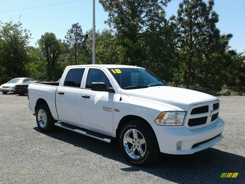 2018 1500 Express Crew Cab - Bright White / Black/Diesel Gray photo #7