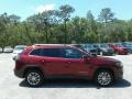 Jeep Cherokee Latitude Plus Velvet Red Pearl photo #6