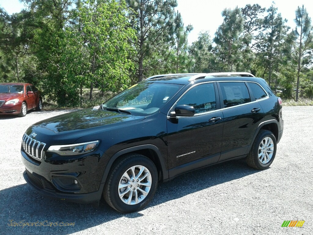 Diamond Black Crystal Pearl / Black Jeep Cherokee Latitude