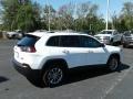 Jeep Cherokee Latitude Plus Bright White photo #5