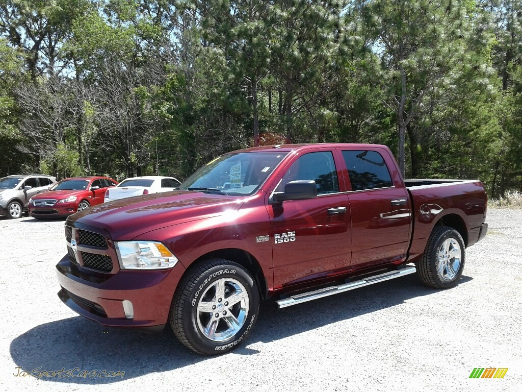 Delmonico Red Pearl / Black/Diesel Gray Ram 1500 Express Crew Cab