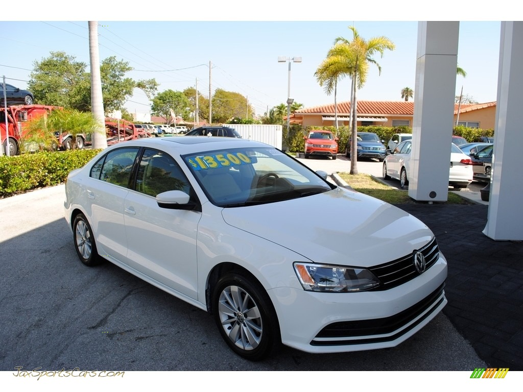 2015 Jetta SE Sedan - Pure White / Cornsilk Beige photo #1
