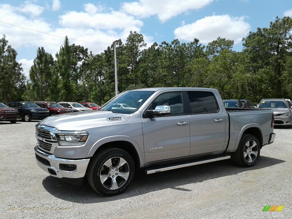 2019 1500 Laramie Crew Cab 4x4 - Billet Silver Metallic / Black photo #1
