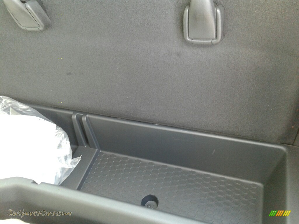 2018 2500 Tradesman Regular Cab 4x4 - Bright White / Black/Diesel Gray photo #10