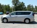 Chrysler Pacifica L Billet Silver Metallic photo #2