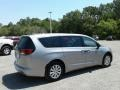 Chrysler Pacifica L Billet Silver Metallic photo #5