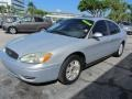 Ford Taurus SEL Silver Frost Metallic photo #3