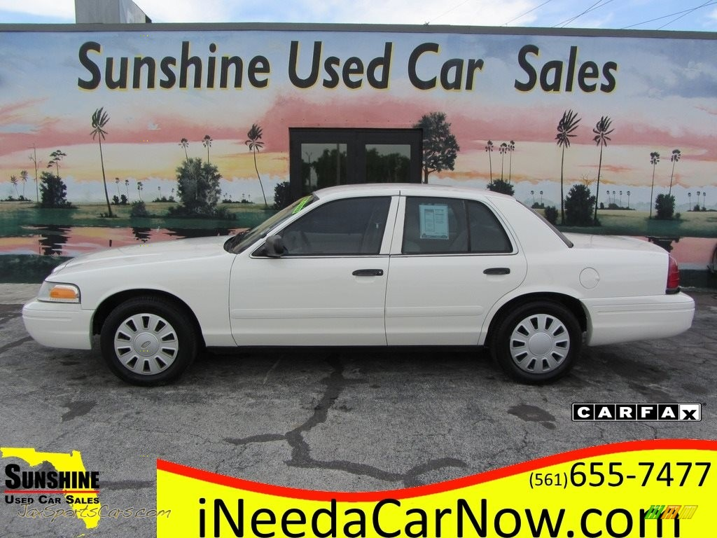 2007 Crown Victoria Police Interceptor - Vibrant White / Light Camel photo #1