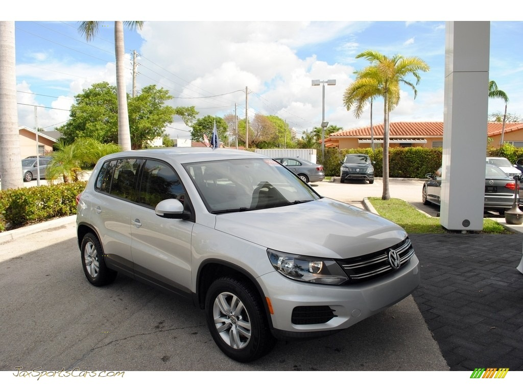 2014 Tiguan S - Reflex Silver Metallic / Black photo #1