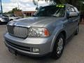 Lincoln Navigator Luxury Satellite Silver Metallic photo #7