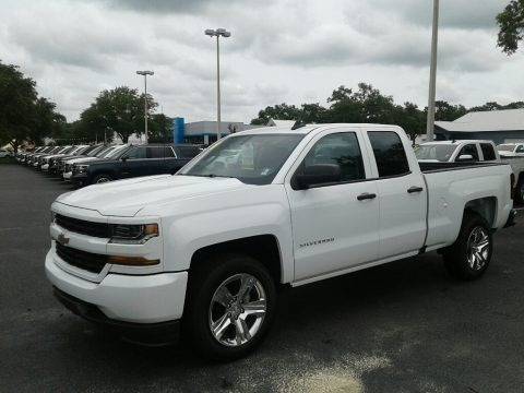 Summit White 2018 Chevrolet Silverado 1500 Custom Double Cab
