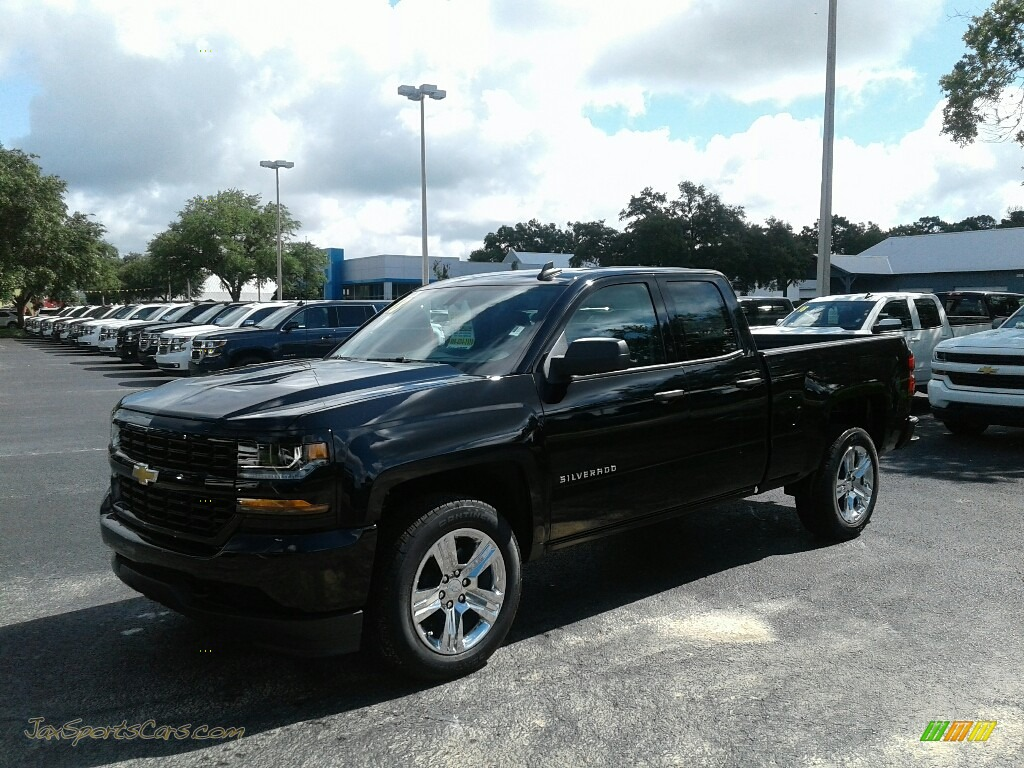 2018 Silverado 1500 Custom Double Cab - Black / Dark Ash/Jet Black photo #1