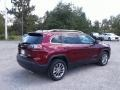 Jeep Cherokee Latitude Plus Velvet Red Pearl photo #5