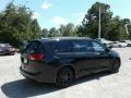 Chrysler Pacifica Touring Plus Brilliant Black Crystal Pearl photo #5