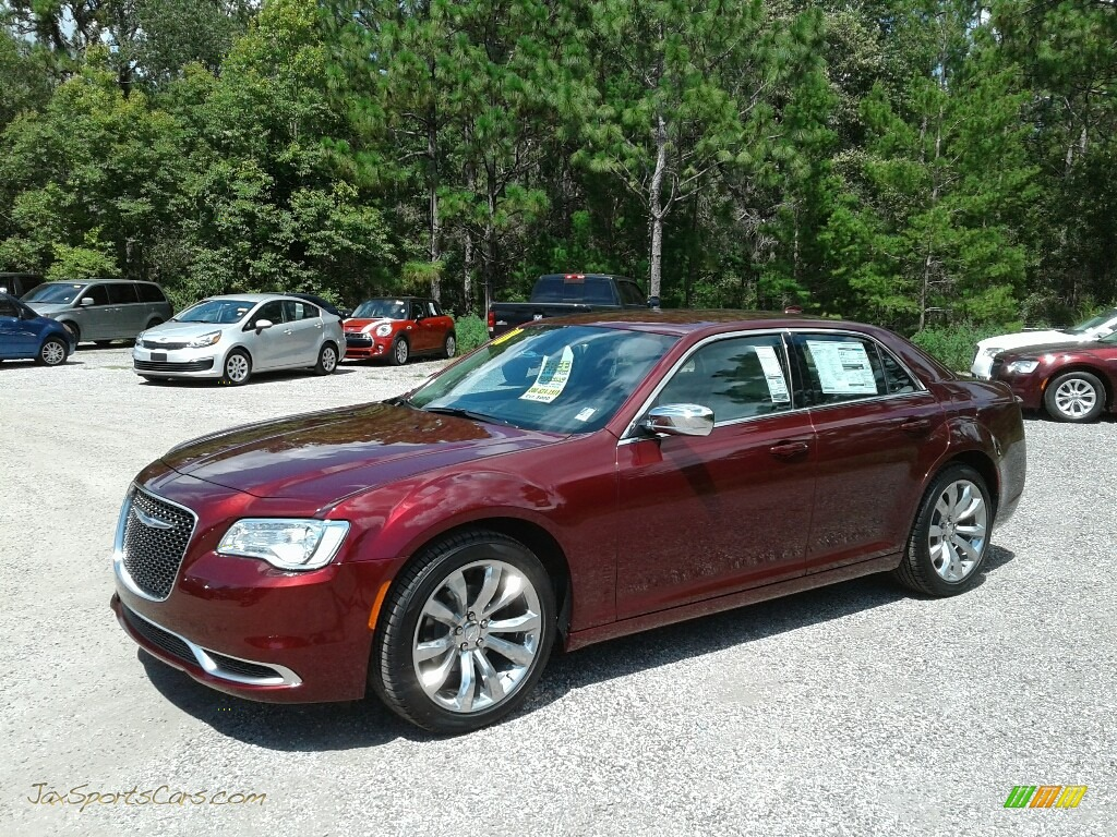 Velvet Red Pearl / Black/Linen Chrysler 300 Touring