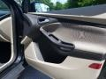 Ford Focus SE Sedan Tuxedo Black photo #15
