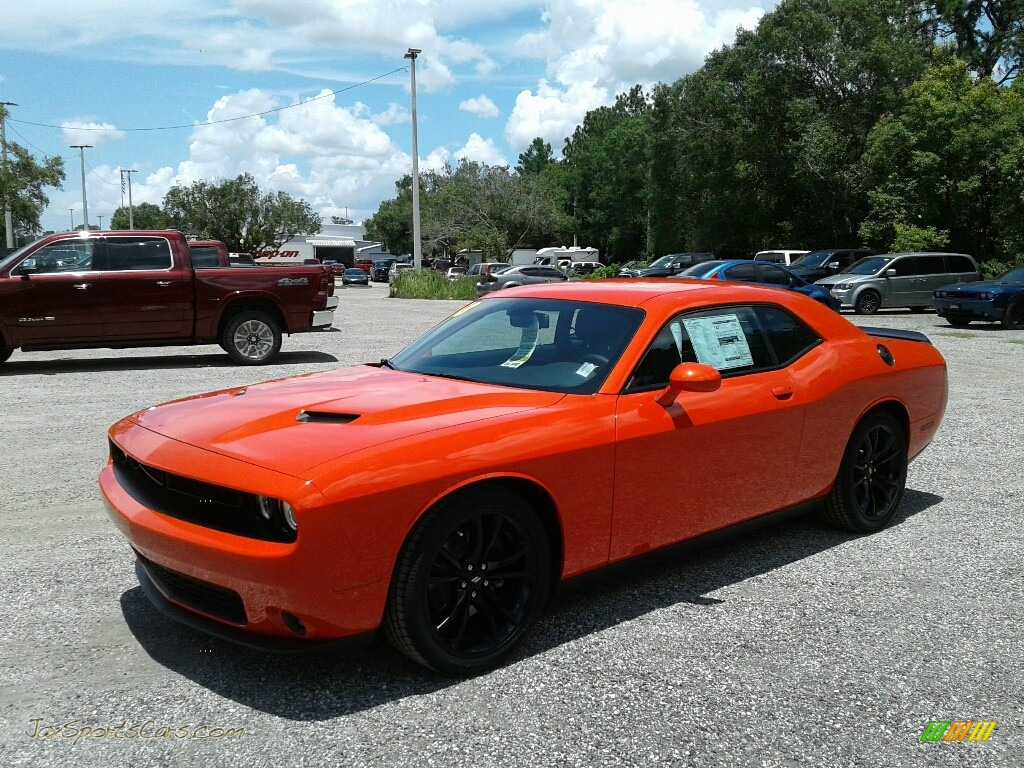 2018 Challenger SXT - Go Mango / Black photo #1