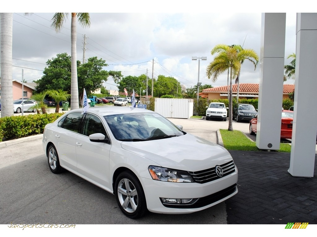 2015 Passat Wolfsburg Edition Sedan - Candy White / Titan Black photo #1