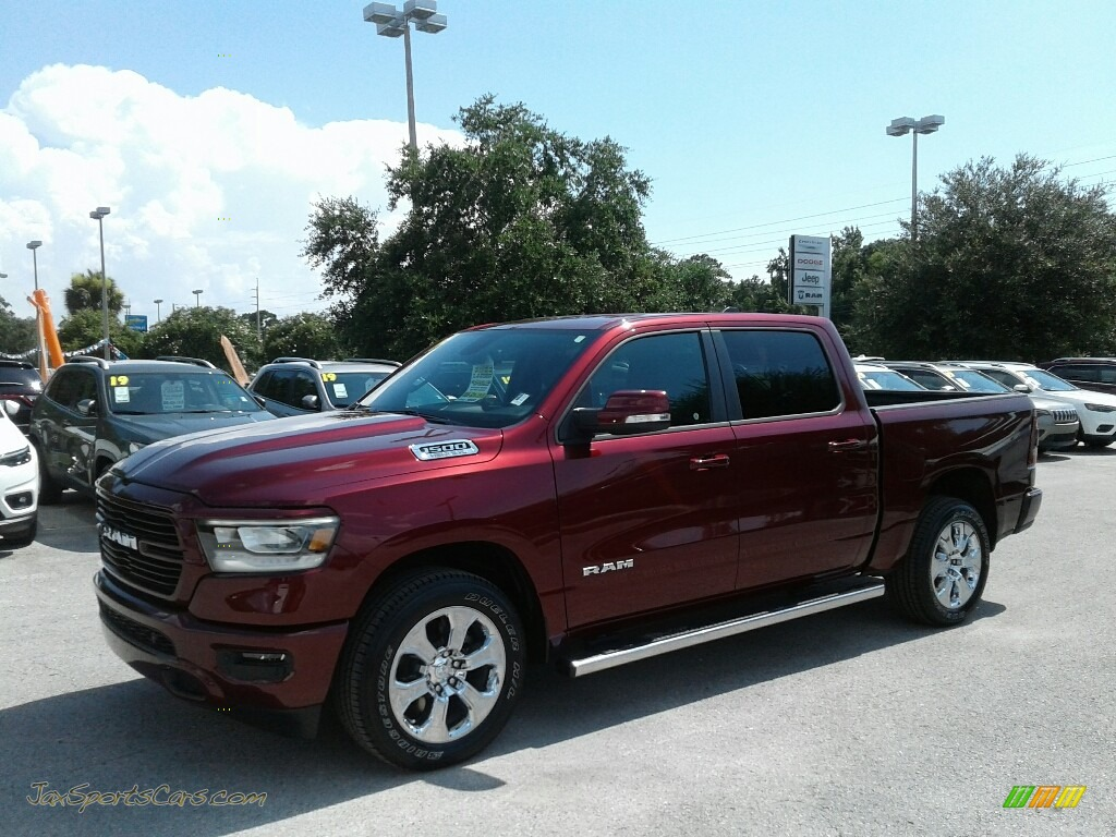 Delmonico Red Pearl / Black Ram 1500 Big Horn Crew Cab