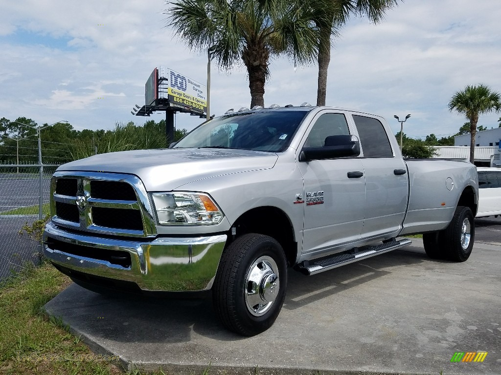 2015 3500 Tradesman Crew Cab 4x4 Dual Rear Wheel - Bright Silver Metallic / Black/Diesel Gray photo #1
