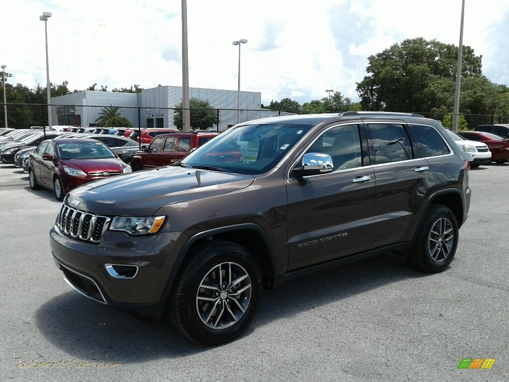 2018 Grand Cherokee Limited 4x4 - Walnut Brown Metallic / Brown/Light Frost Beige photo #1