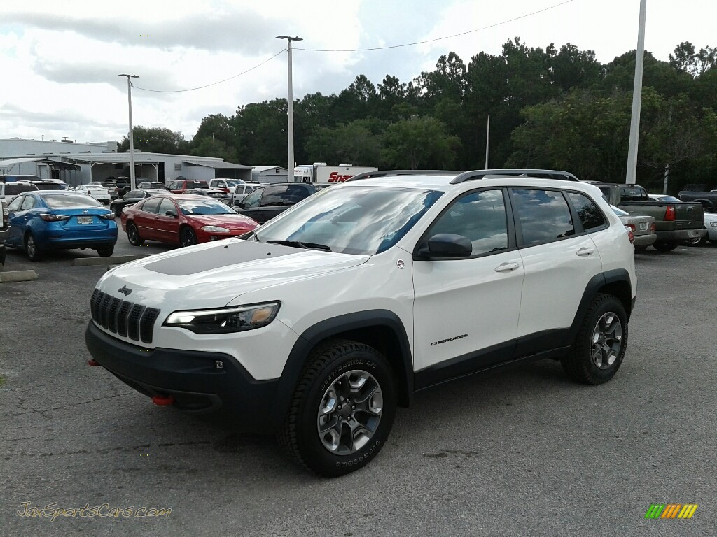 Pearl White / Black Jeep Cherokee Trailhawk Elite 4x4