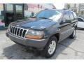 Jeep Grand Cherokee Laredo Brilliant Black photo #3