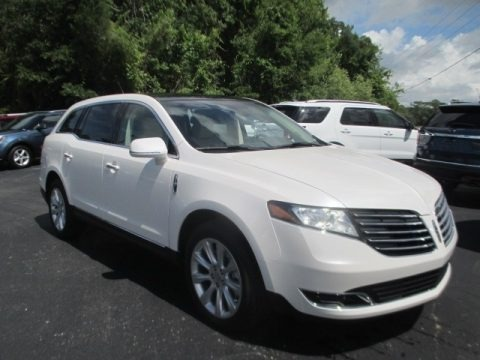 White Platinum 2018 Lincoln MKT FWD