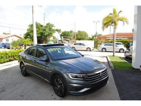 Platinum Gray Metallic 2019 Volkswagen Jetta SEL Premium