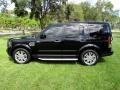 Land Rover LR4 HSE Lux Santorini Black photo #3