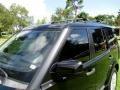 Land Rover LR4 HSE Lux Santorini Black photo #55