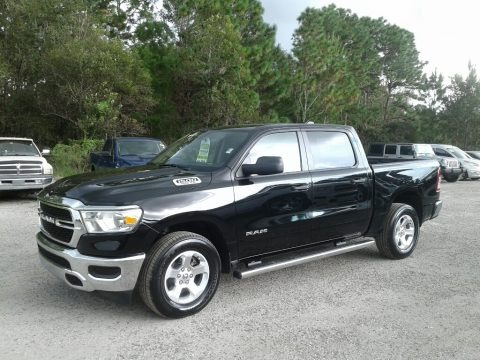 Diamond Black Crystal Pearl 2019 Ram 1500 Tradesman Crew Cab