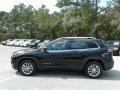 Jeep Cherokee Latitude Plus Diamond Black Crystal Pearl photo #2