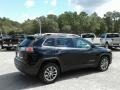 Jeep Cherokee Latitude Plus Diamond Black Crystal Pearl photo #5