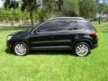 Volkswagen Tiguan Wolfsburg Edition Deep Black Metallic photo #3