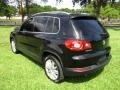 Volkswagen Tiguan Wolfsburg Edition Deep Black Metallic photo #5