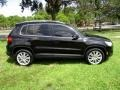 Volkswagen Tiguan Wolfsburg Edition Deep Black Metallic photo #11